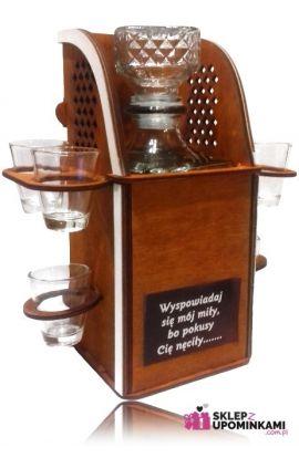 stojak barek kieliszki do wódki karafka