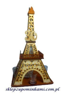 kieliszki stojak wieża na 30 urodziny