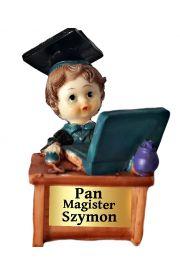 Figurka uczeń student z napisem